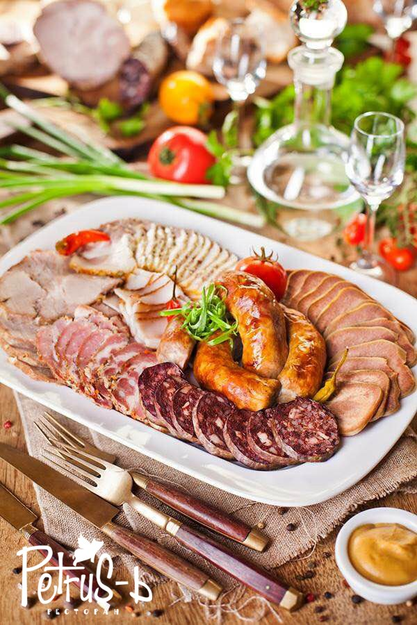 Сало в ресторане украинской кухни