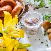 Селедка и картофель в ресторане