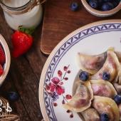 Ягодные вареники в украинском ресторане